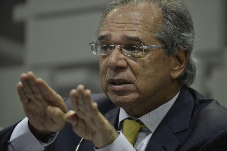 Guedes fala no Senado em tributar dividendos e revela temor até da ...